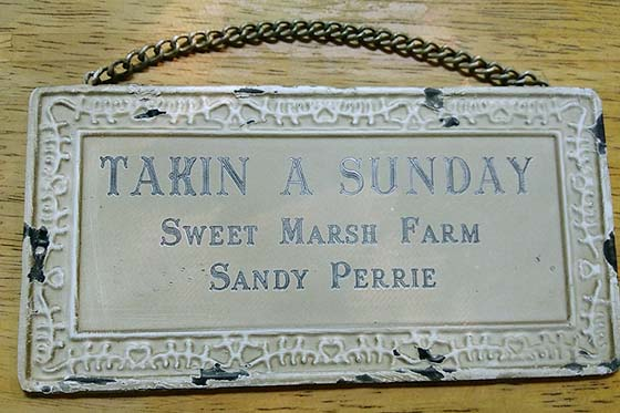 SHABBY CHIC METAL SIGN